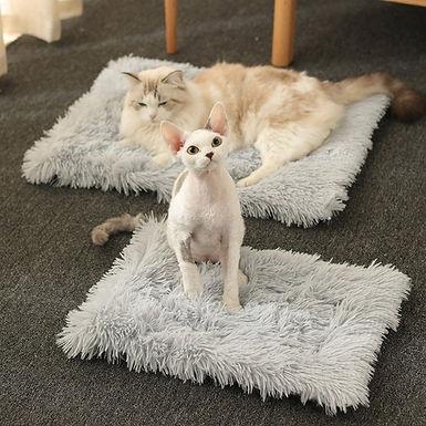 Warm Plush Faux Pet  Blanket