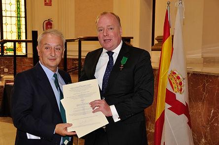 Entrega Cruz Legitimidad a Robert Vallverdú Martí por Don Carlos Javier de Borbón-Parma