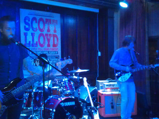 Castle gig with Scott Lloyd