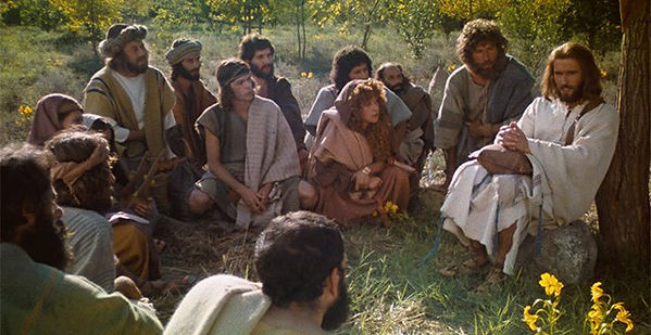 Jesus-talks-to-disciples.jpg