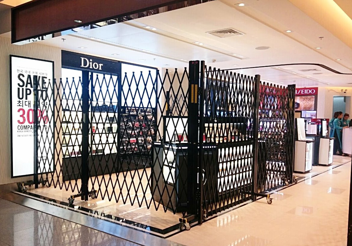 Security Barriers for Dior store.jpg