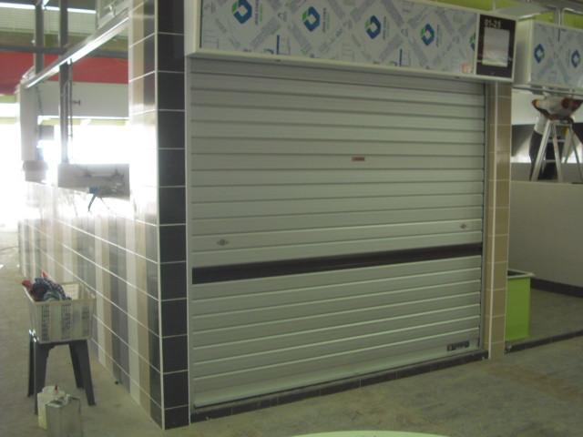 Aluminium Roller Shutter _Market.JPG