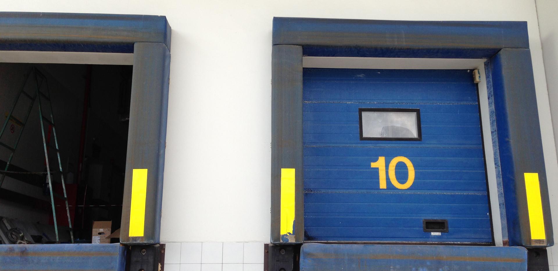 Overhead Sectional Doors_04.JPG