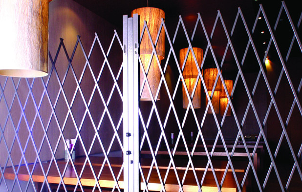 Security Barriers for eateries in shoppi