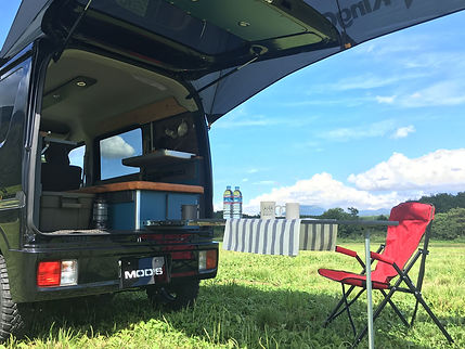 モッズファクトリーの軽キャンピングカー、660BASEは車中泊キャンプにも最適です!