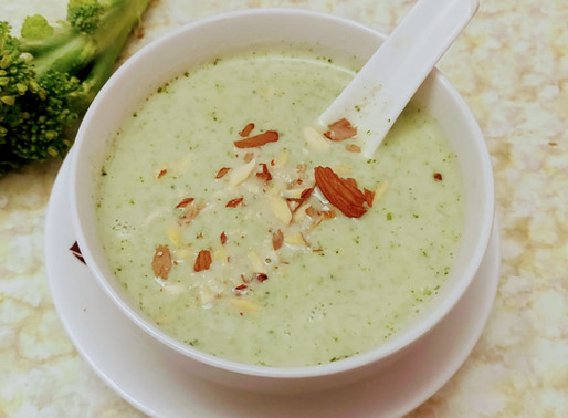 Broccoli almond soup