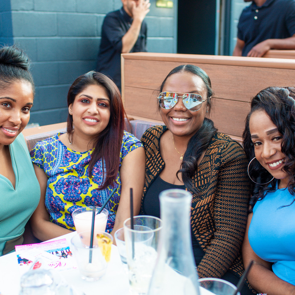 Prīvit Networking Experience hosted at Bounce Chicago