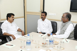 Discussion-with-minister