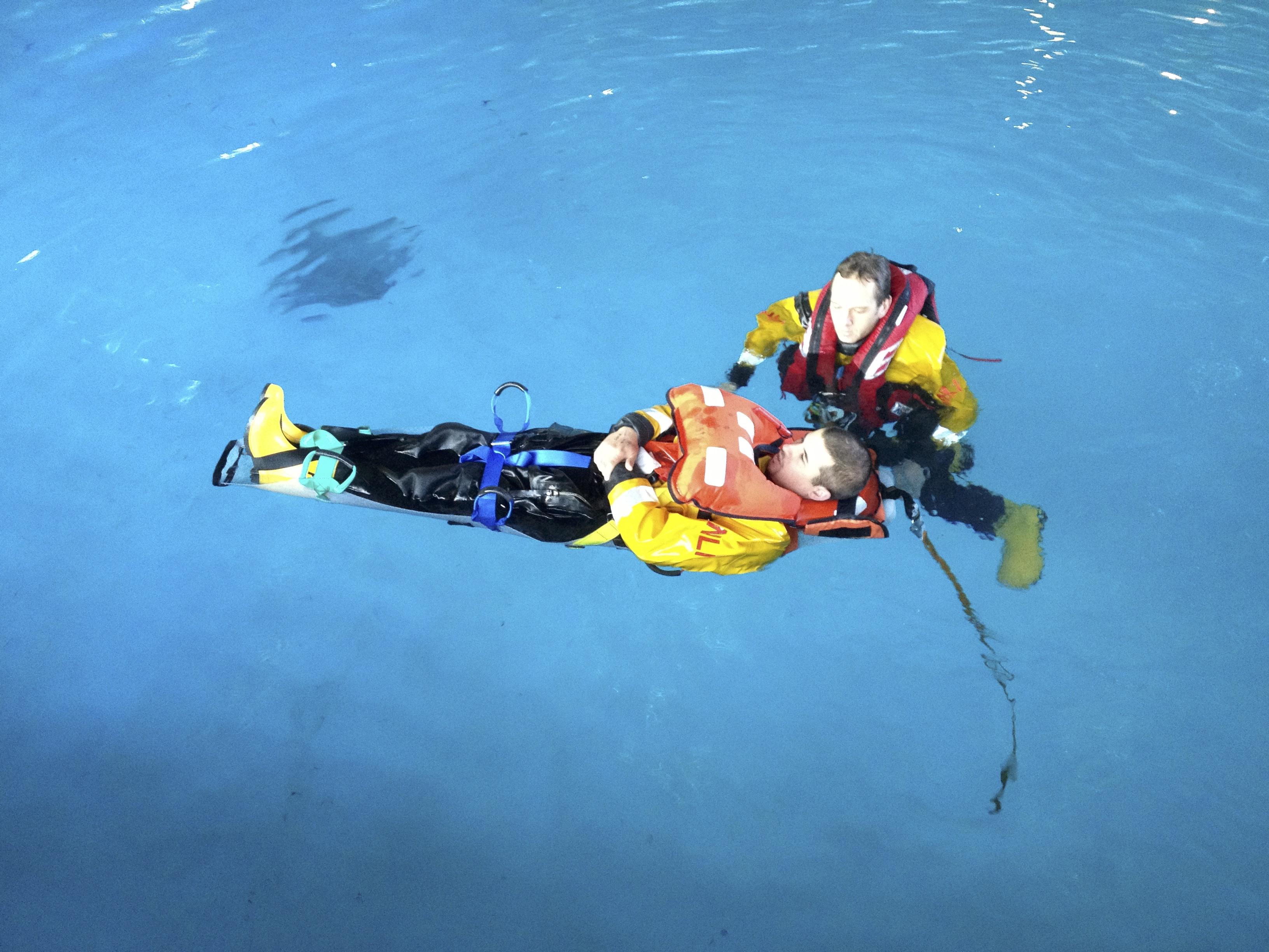 Saviour Tactical floating with cas