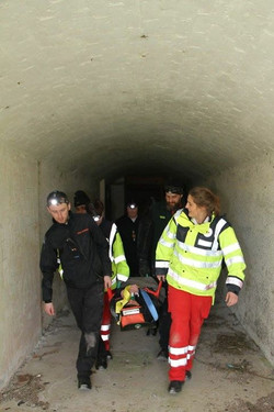 Red Cross Confined Space 3