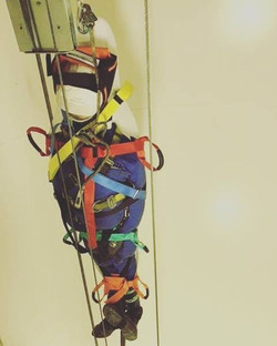 Turbine vertical haul rescue