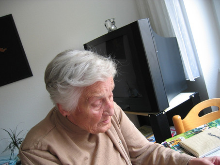Tips for Seniors to Safely Age in Place