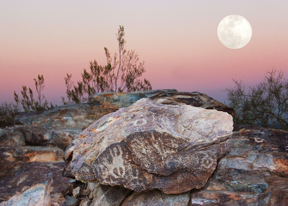 Full Moon Rising over South Mountain