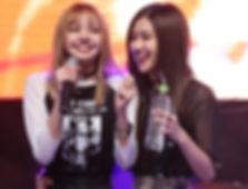 Blackpink's Lisa and Rose