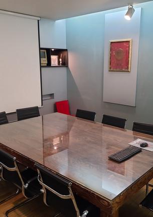 부밍사운드 회의실 및 대기실