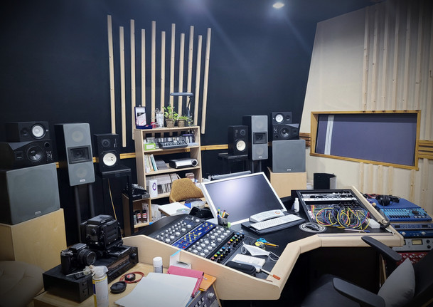 D BOOTH