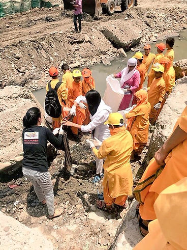 Rishikesh Cleanliness Drive 2019 6.JPG