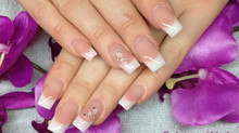 French Nails I Nagelstudio 21 I Acrylnägel I Nageldesgin I Nailart