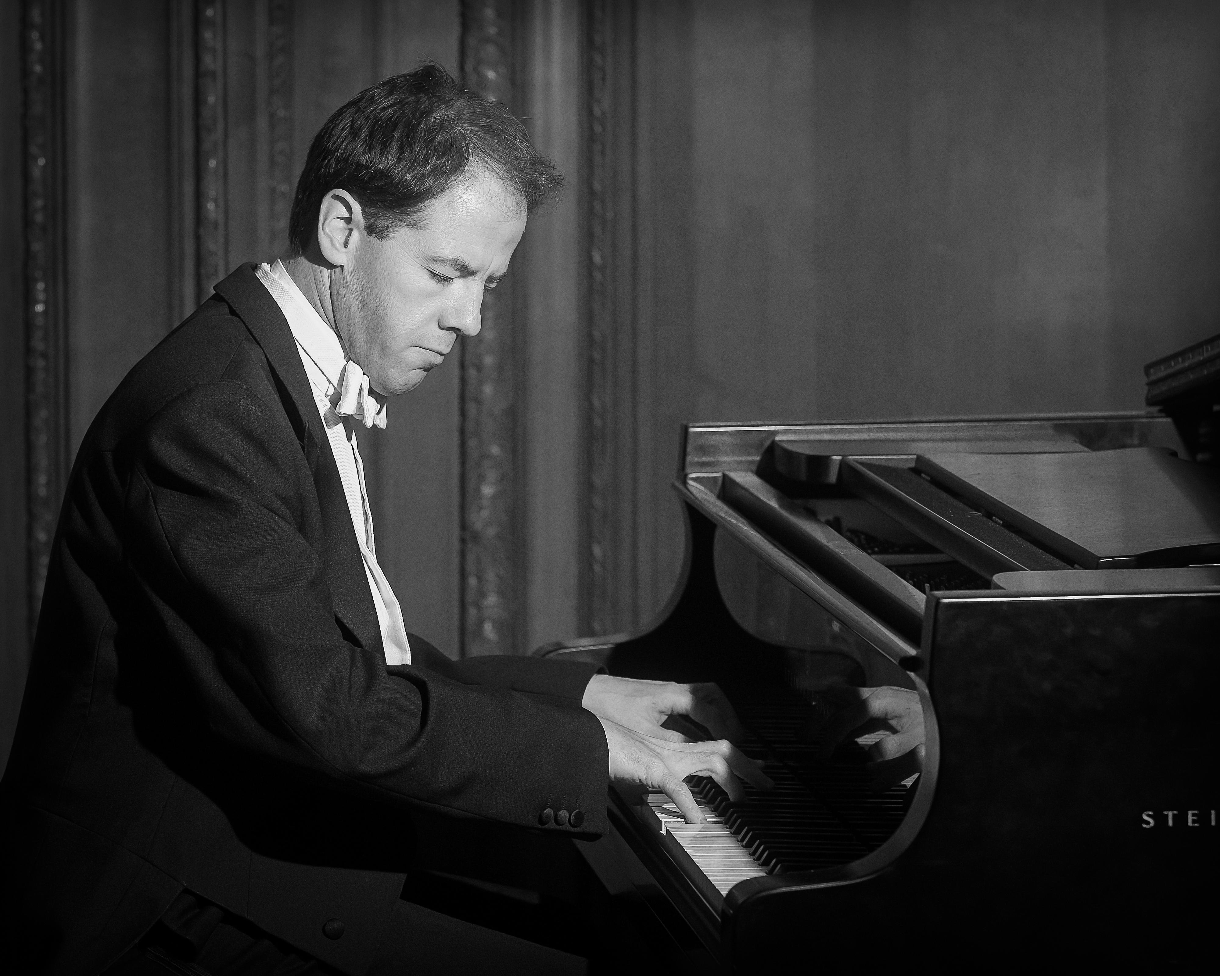 David Goode (piano)