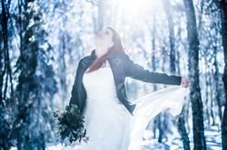 Mariage à la montagne d'hiver
