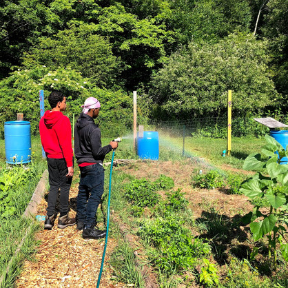 Boys | Gardening Watering-2019
