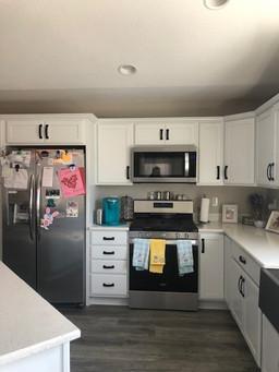 Airwyke Kitchen4.jpg