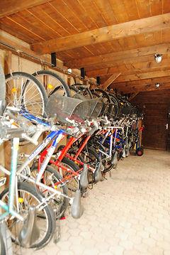 Biciklitároló.JPGk.jpg