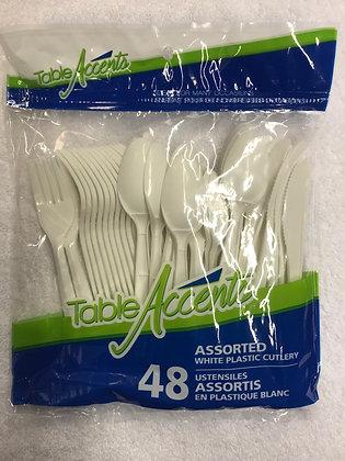 Ustensiles assortis en plastique 48