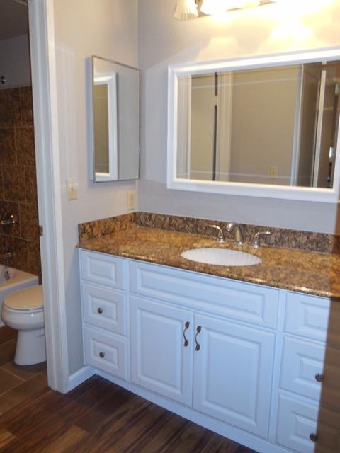 645 Canyon bathroom_edited