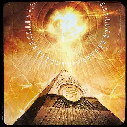 Pyramide de lumière.JPG