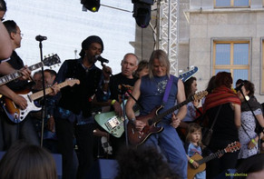 StanSkibby with Steve Morse, guitarist for (Deep Purple) 2012