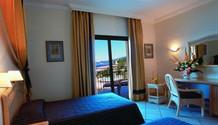 hotel-4-estrellas-interior-600x345.jpg