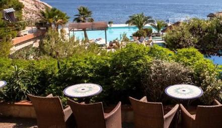 hotel-4-estrellas-exterior-600x345.jpg