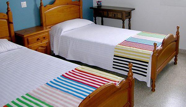 apartamentos-mercedes-habitacion-600x345
