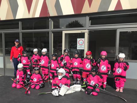 Eishockey-Mädels sind bei  FASS Berlin Herzlich  willkommen ...