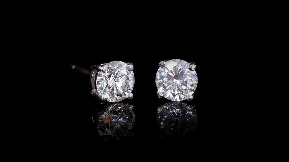 1.5CT 18ct White Gold Stud Earrings