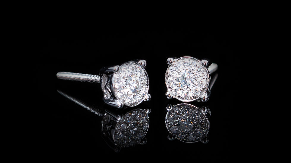 18CT WHITE GOLD ILLUSION DETAIL DIAMOND CLUSTER STUD EARRINGS 0.26CT