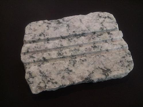 Porte savon en granit du Mont-Blanc