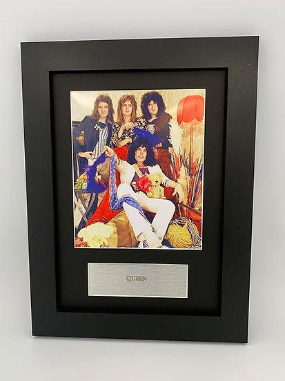 Queen Framed A4 Print