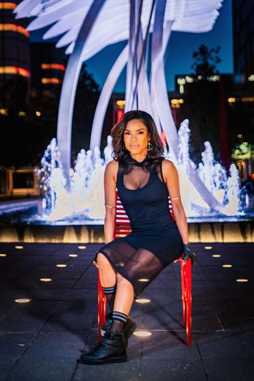 Belle Lundon red chair fountain.jpg