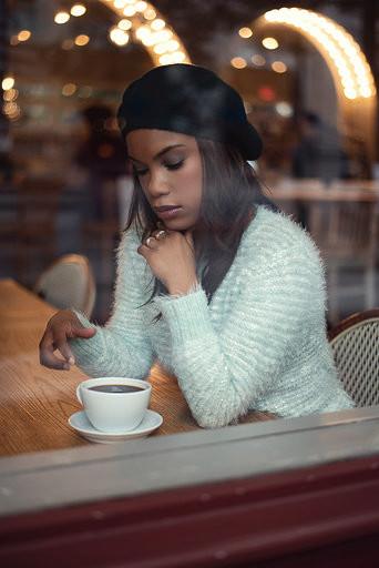 Belle Lundon Cafe.jpg