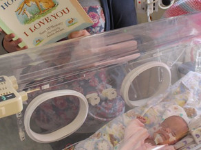 Stoke Reads | Premature Baby project