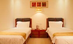 Ritz-Comfort Room