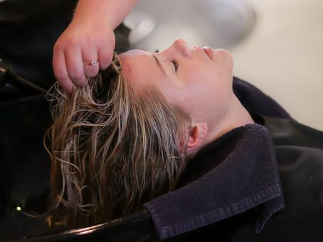 Masajes capilares: Beneficios para el cuidado de tu cabello