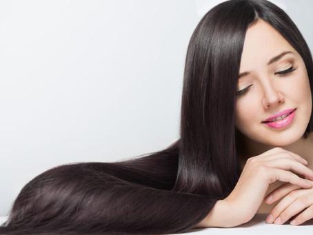 5 tips para proteger tu pelo de la plancha y el calor