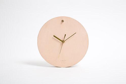 Round clock S