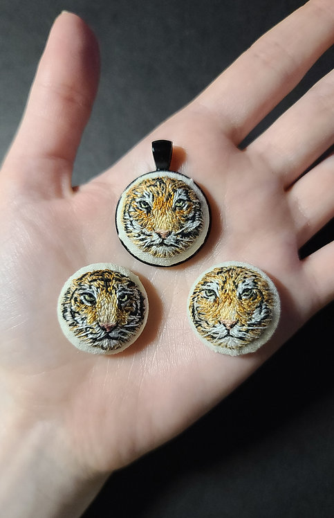 Tiny Tiger - Embroidery Necklace