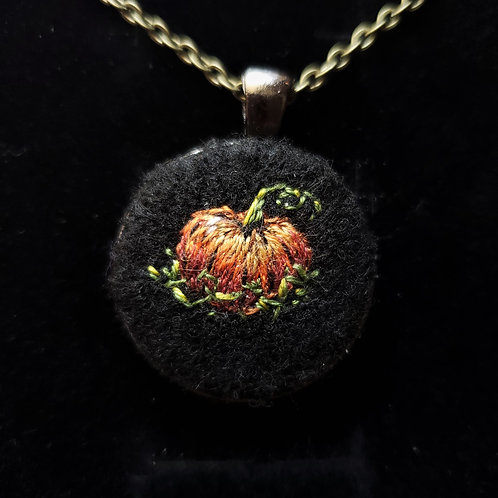 Pumpkin - Embroidery Necklace