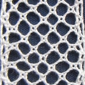 Dieppe ground - Half stitch pin half stitch , twist both pairs again