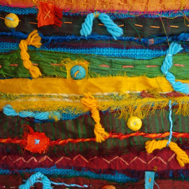 Textile sampling using bright colours